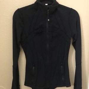 Black lulu jacket size 6
